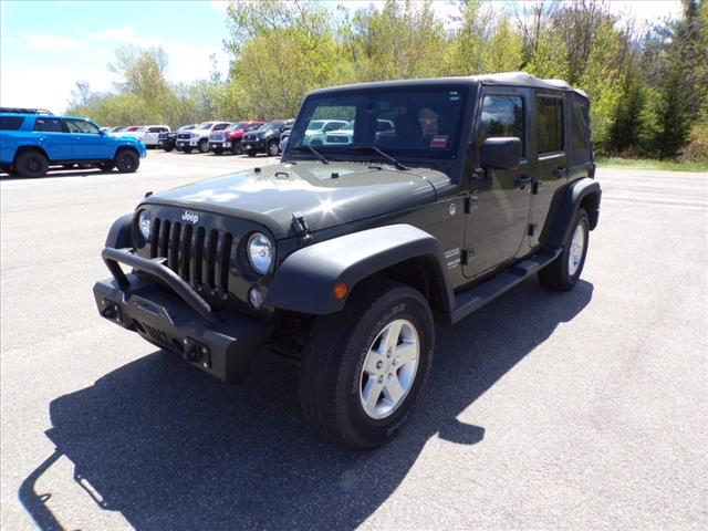 Pre-Owned 2015 Jeep Wrangler Unlimited Unlimited Sport